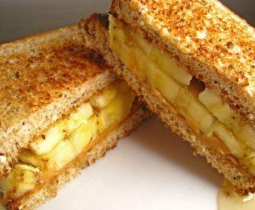 Crunchy, Fruity Nut Butter Sandwich